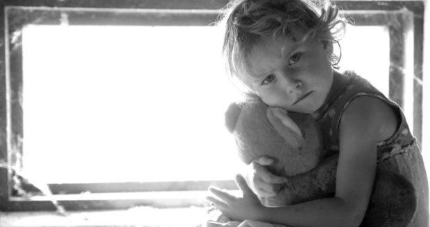 Charita měla pomáhat dětem, místo toho je pracovníci sexuálně zneužívali