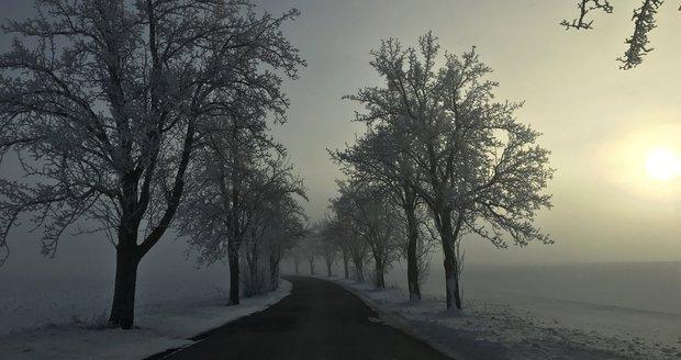 V Česku mrzlo, až praštělo. Teplota přes noc klesla až na -27 °C, padaly rekordy