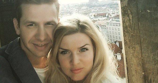 Partner Nikol Štíbrové měl nehodu na kole! Poranil si ruku  9b6cbde5885