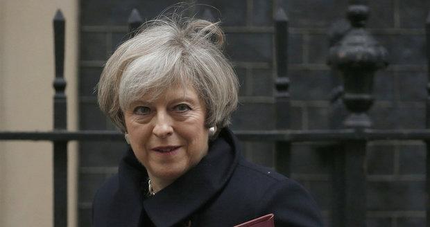 Brexitu blíž. Britský parlament podpořil cestu k odstřižení od EU