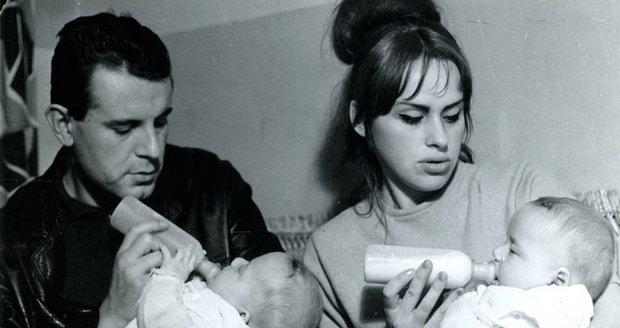 Miloš a Věra se svými dvojčaty