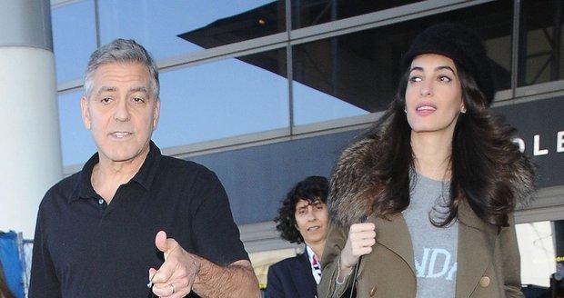 Zprávy o tom, že Amal Clooney čeká dítě, se začaly objevovat začátkem ledna. Amal čeká prý dvojčata!