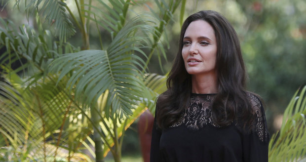 Angelina Jolie v Kambodži