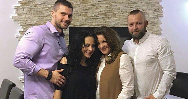 Lucie Bílá se svojí novou láskou, trenérem Radkem a jeho rodinou