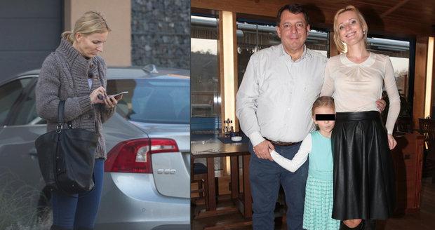 První foto Petry Paroubkové po rozchodu: Předala dceru manželovi a ukázala ztrhanou tvář!