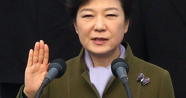 Prokurátor: Jihokorejskou prezidentku uplácel Samsung. Dostala skoro miliardu