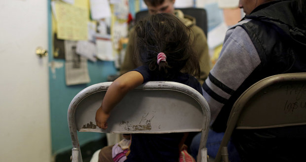 Trump chce odradit migranty: Rodiče by poslal do vazby, děti do ústavu