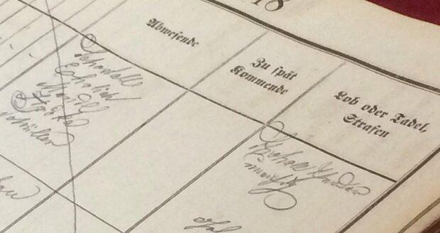 Zápisy vedené vědcovou rukou do třídní knihy na vyšší reálce v brněnské Jánské ulici z let 1859–68