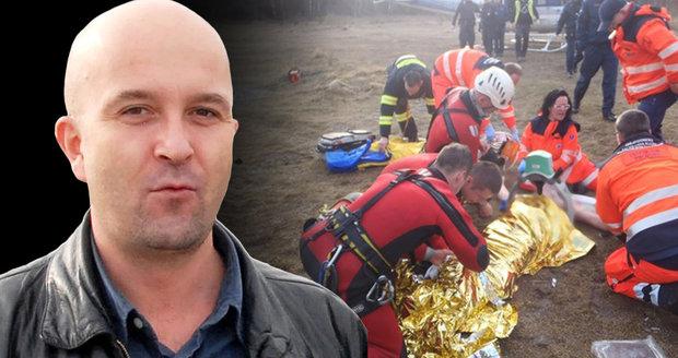 Milan Vorlíček (+47), zvukový režisér Městského divadla v Brně, zemřel. Čtyři dny bojoval v nemocnci o život poté, co jej hasiči vylovili z ledové vody v lomu Hády.