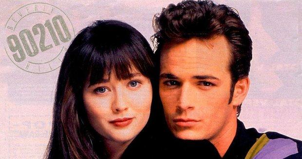Luke Perry a Shannen Doherty jako Dylan a Brenda v seriálu Beverly Hills 90210.
