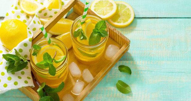 Citronová šťáva není zázračný nápoj, ale pomoci vám může.