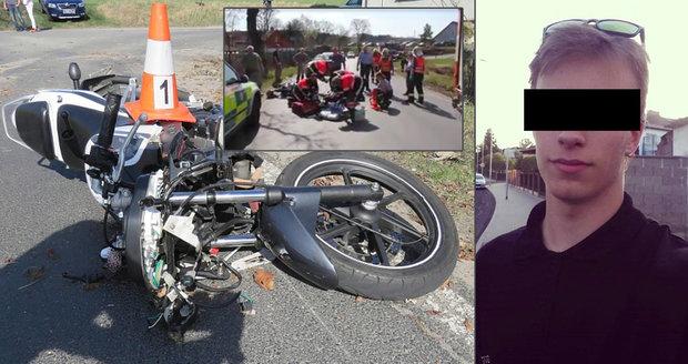 Drastické video jako varování: Hasiči uveřejnili záznam z pokusu o záchranu motorkáře (†18)