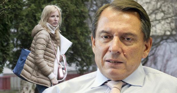 Jiří Paroubek připouští, že v případě rozvodu s Petrou se bude muset poohlédnout po jiné ženě.