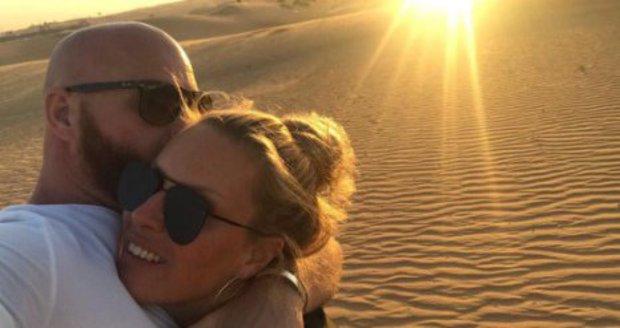 Simona Krainová s manželem Karlem Vágnerem v Dubaji