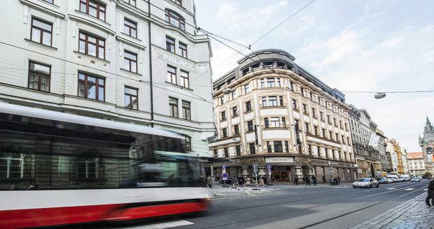 V Jindřišské boural osobák s tramvají (ilustrační foto).
