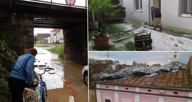 Soudný den ve Strážnici: Bouře a krupobití zdevastovaly historické město