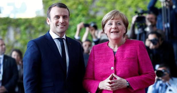 Boje na východě Ukrajiny sílí. Merkelová s Macronem připomněli mírové dohody