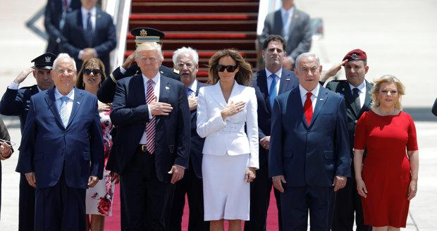 """""""Jste skvělí, milujeme vás."""" Trumpovi a Melanii lichotila žena premiéra Izraele"""