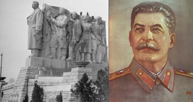 Pomník Stalina stál nad Prahou sedm let.
