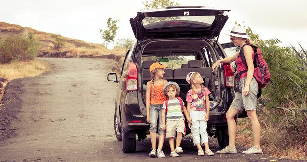 Na dovolenou autem