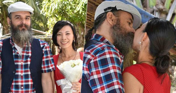 Guru Jára se oženil ve vězení! Vzal si o 13 let mladší Japonku