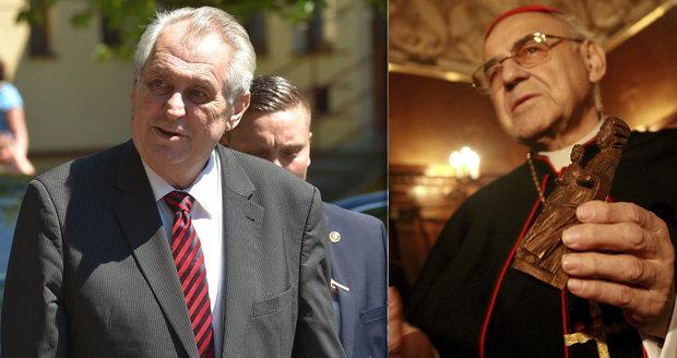 """Biskupové by pro kardinála Vlka uvítali ocenění. Zeman ho ale """"neskousne"""""""
