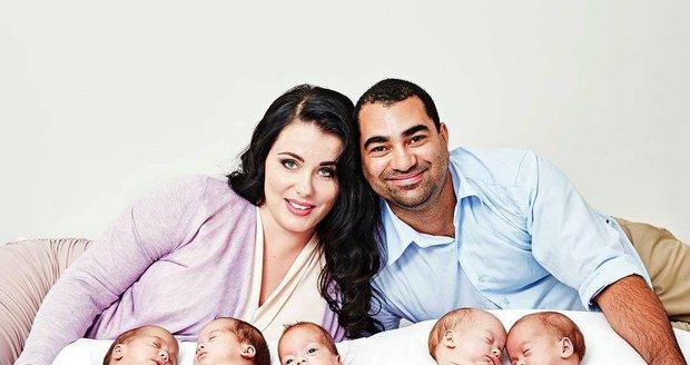 Matka paterčat se musí otáčet: Uživit desetičlennou rodinu ji stojí 6 tisíc týdně!