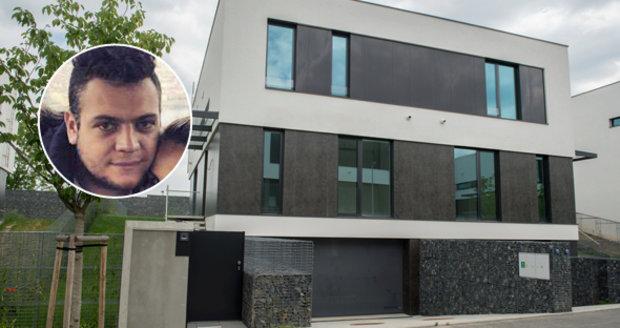 Krejčířovi zpátky v Česku: Krejčíř junior koupil vilu za 16 milionů, kde na to vzal?
