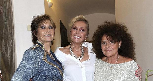 Tři grácie: Helena Vondráčková, Olga Matušková a Jitka Zelenková