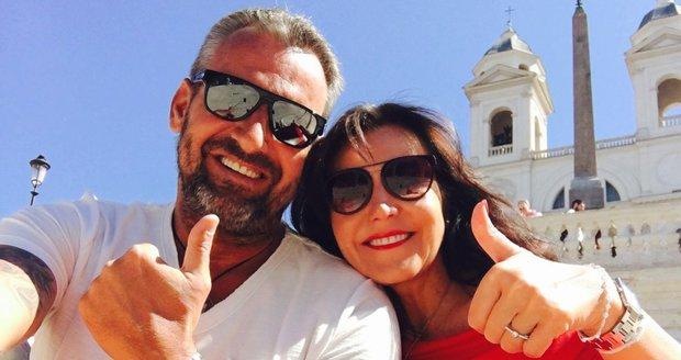 Martina Jandová se zasnoubila.