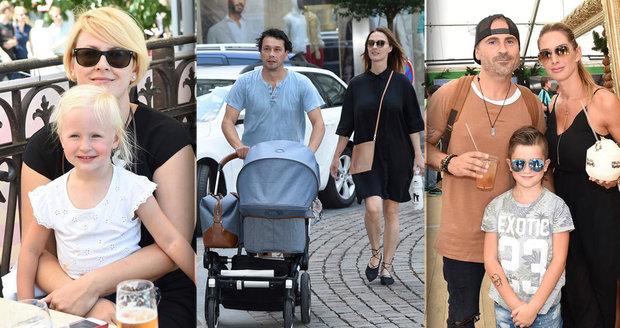 Slavní vyvedli své děti na karlovarský filmový festival.