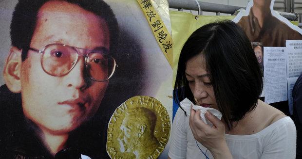 Zemřel známý disident a držitel Nobelovy ceny. Chartu 77 zkusil oživit v Číně