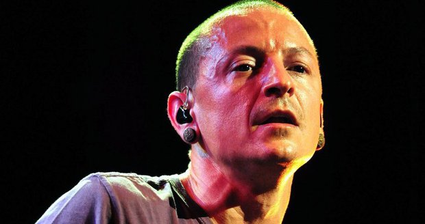 Zpěvák skupiny Linkin Park byl zneužíván jako dítě.