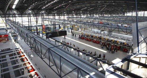 Současná podoba terminálu 2 na Letišti Václava Havla