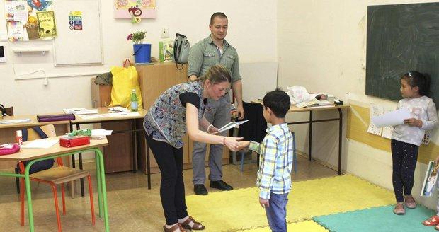 Prázdninový kurz pro děti cizinců v Praze 7 skončil na konci července, během srpna probíhají další dva cykly.