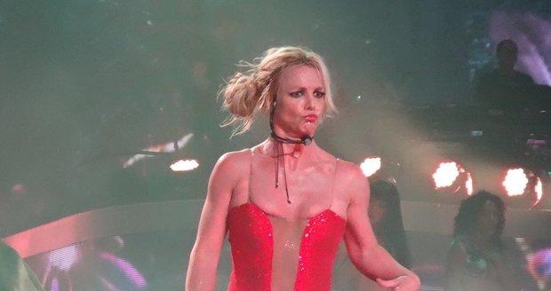 Britney Spears dokázala na koncertě, že je ve skvělé formě.
