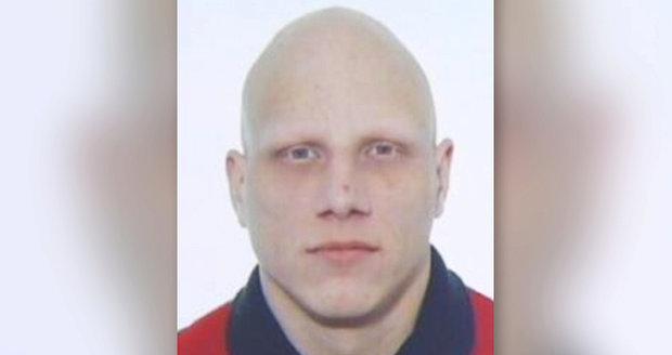 Pražská policie pátrá po Petru Novákovi.