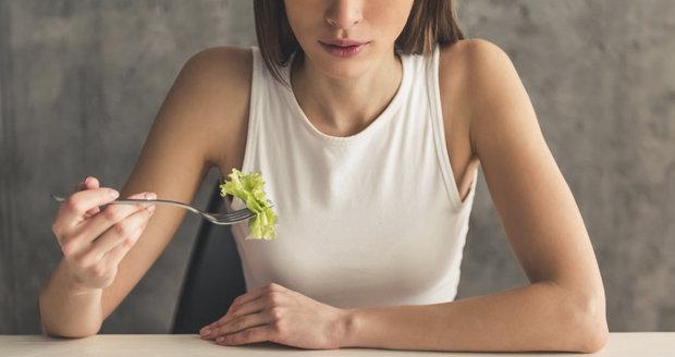 Dieta, která slibuje rychlý úbytek váhy? Jak dlouho ji ale vydržíte držet?