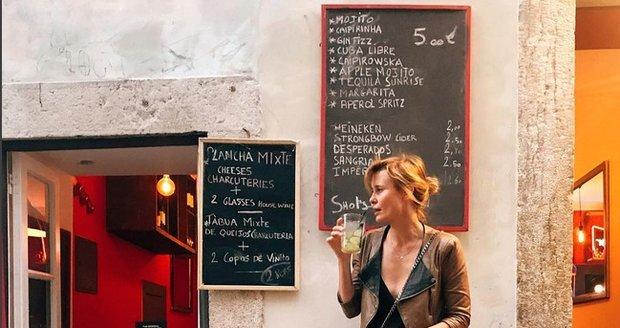 Jitka Schneiderová na dovolené ve španělském Lisabonu