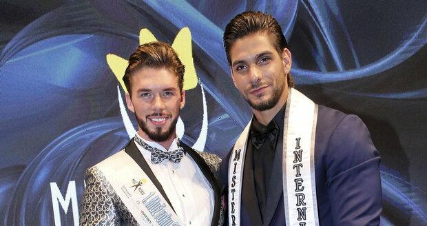 Matyáš Hložek a úřadující nejkrásnější muž světa Mister International, čtyřiadvacetiletý Paul Iskandar z Libanonu.