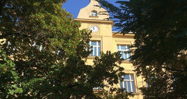 323ceb15aae Do secesní budovy se vrátí školní život  Strašnickou školu čeká ...