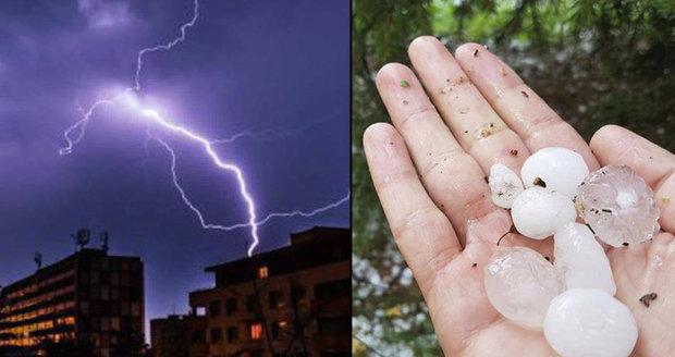 Silné bouřky udeřily na Moravě i v Čechách, hrozí i kroupy. Sledujte radar