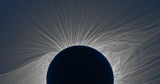 Senzace: Brněnští vědci zmapovali v USA úplné zatmění Slunce, měli na to pouhé dvě minuty!