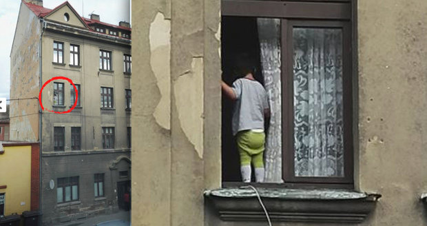 Strážníci v Děčíně zachránili dítě (2): Balancovalo v okně ve třetím patře. Matka spala