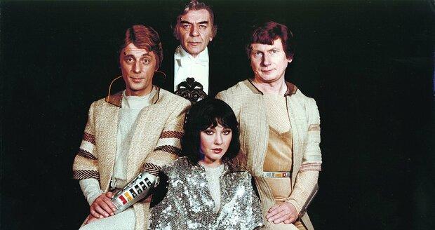 1983: Návštěvníci Jiří Datel Novotný, Josef Bláha (uprostřed), Josef Dvořák a Dáda Patrasová