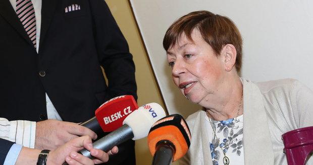 Zuzana Paroubková u rozvodového stání Jiřího Paroubka a Petry Paroubkové