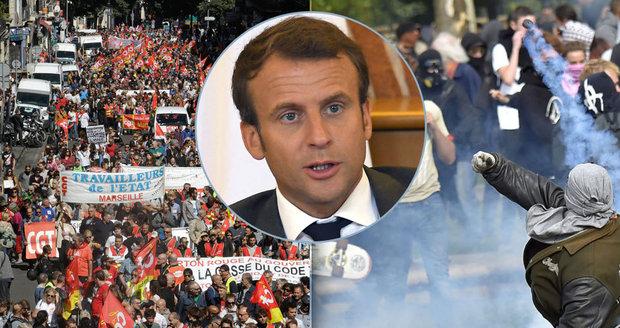 Jste darmožrouti, řekl Macron Francouzům. A ty v p*deli, odpověděli a vyšli do ulic