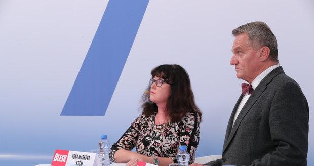 """Komunistka chce zakázat kouření i v autech s dětmi. ODS volá po zmírnění """"protikuřáku"""""""