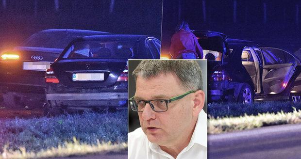 Zaorálek havaroval cestou z vinobraní. Ministra se zraněním hlavy transportoval vrtulník