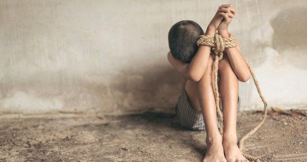 V Británii loni odhalili 5000 moderních otroků. Většinou Britů, pak Albánců a Vietnamců